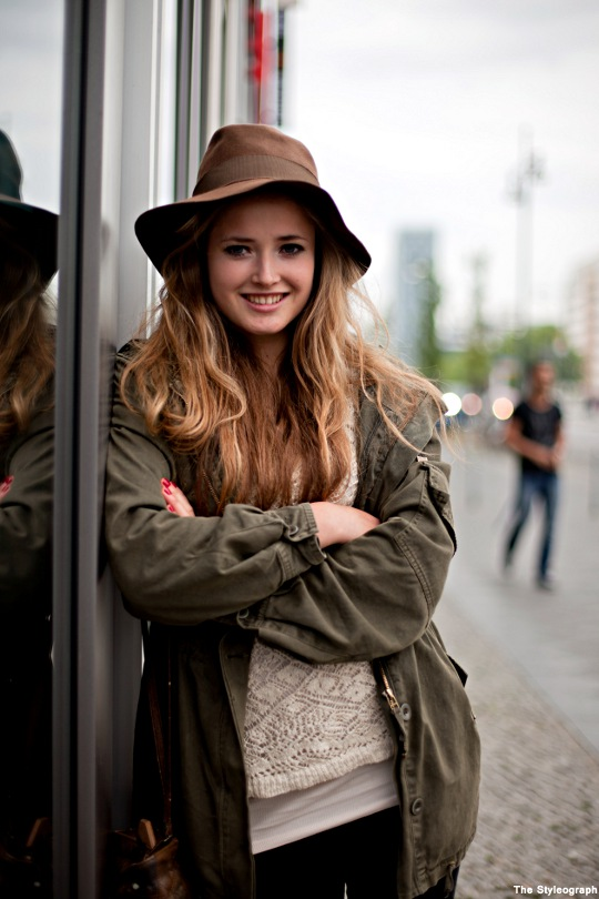 Parka+Streetstyle+Rain+Coat+Hat+Women+Berlin (1)